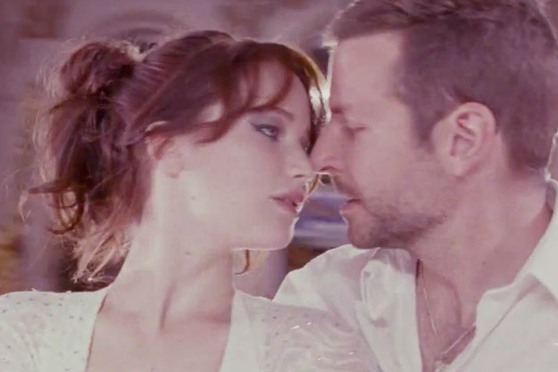 Silver Linings Playbook movie scenes KISS SCENE TIFFANY AND PAT REALIZE THEIR TRUE FEELINGS FOR EACH OTHER AT THE END OF THE MOVIE