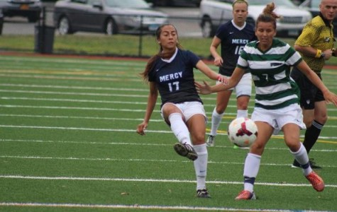 Serna Bookends Pair of Goals as Women's Soccer Blanks Bloomfield, 5-0