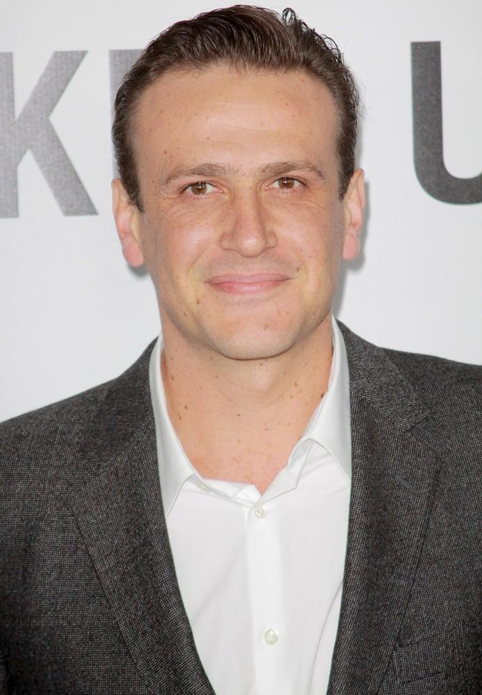 HANDSOME JASON SEGEL WHO PLAYS FRIEND OF ACTOR PAUL RUDD AT MOVIE PREMIERE.