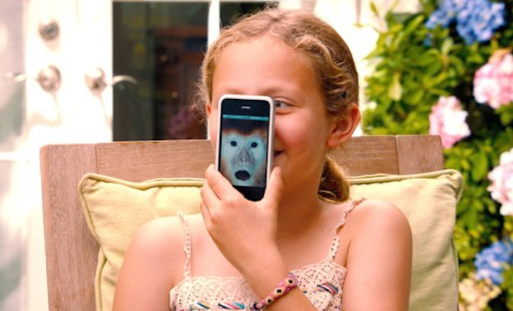 SCENE OF ACTOR IRIS APATOW MAKING FUN THAT THEIR MOTHER TOOK AWAY THE WIFI AND TECHNOLOGY FROM THE HOUSE.