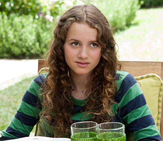 """SCENE IN """"THIS IS 40"""" - MAUDE APATOW (OLDER DAUGHTER)"""