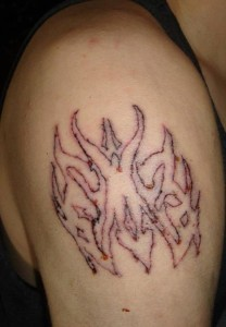 worst-tattoo-artist-ever-L-QtYP5K