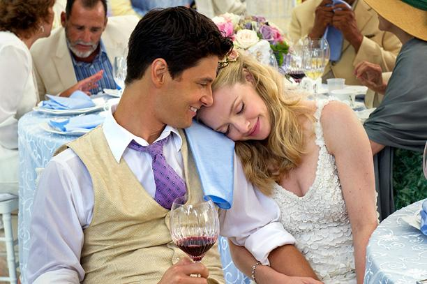 THE YOUNG COUPLE WHO WAS GETTING MARRIED IN MOVIE. ACTOR - BEN BARNES AND ACTRESS - AMANDA SEYFRIED