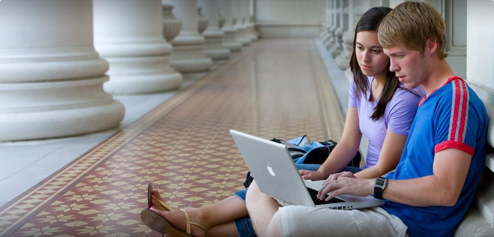 Mac Student