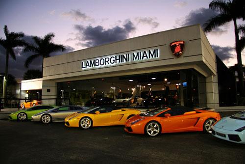lamborghini-closes-largest-dealer-2082_1