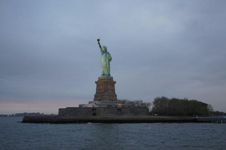 International Students' Twilight Cruise Around Manhattan