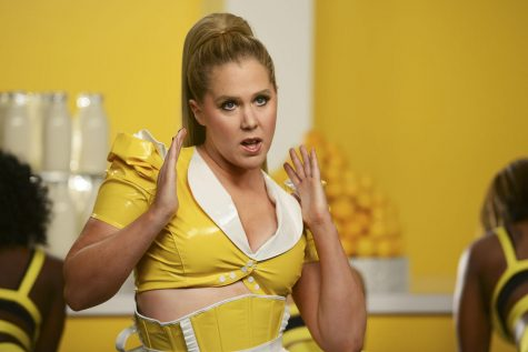 'Inside Amy Schumer' Still Entertaining, Not As Clever