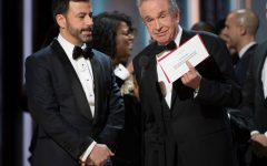 THE OSCARS(r) - The 89th Oscars(r)  broadcasts live on Oscar(r) SUNDAY, FEBRUARY 26, 2017, on the ABC Television Network. (ABC/Eddy Chen) JIMMY KIMMEL, WARREN BEATTY