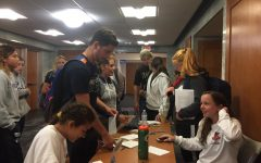 Mercy College Students Write Letters to Overseas U.S. Troops