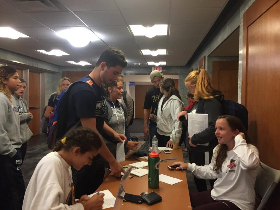 Mercy College Students Write Letter to Troops