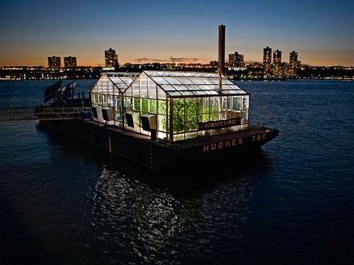 Science on the Barge: Increasing Awareness for Sustainability