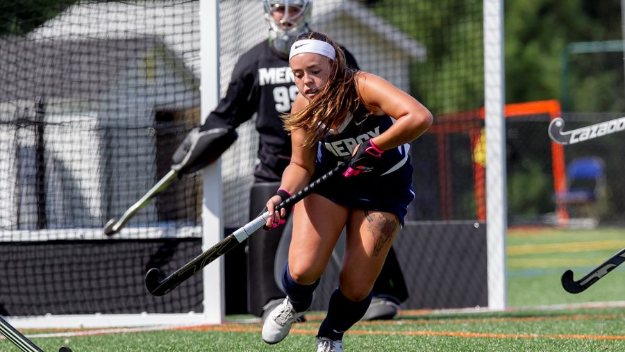 Last-Second Goal Sees Field Hockey Defeat Molloy