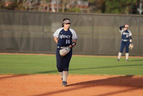 Mercy Softball Team Gets Ready to Bounce Back